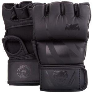 Zwarte mma handschoenen Venum Challenger.
