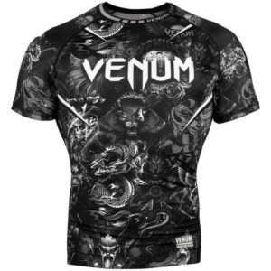 Zwart witte rashguard van Venum art.