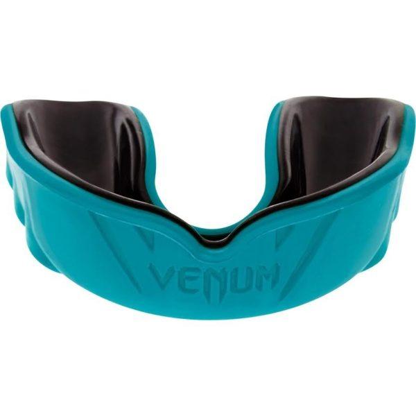 Cyan zwarte gebitsbeschermer van Venum challenger.