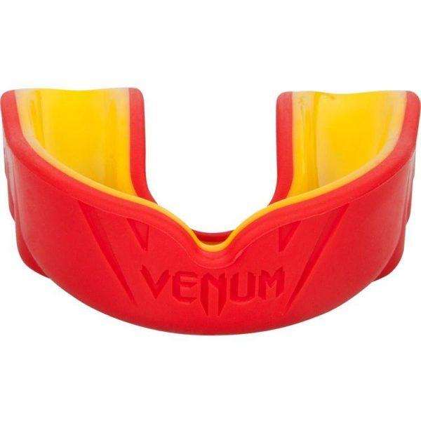 Rood gele gebitsbeschermer van Venum challenger.