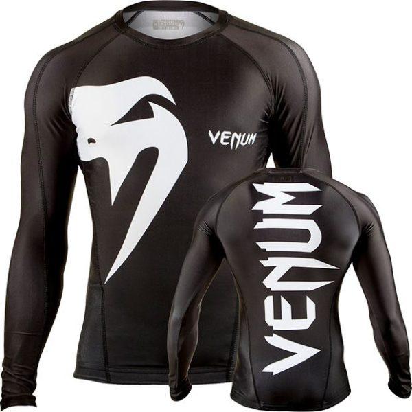 Zwarte rashguard met lange mouwen van Venum giant.