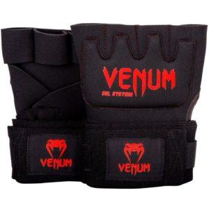 Zwart rode binnenhandschoenen met gel en bandage van Venum.